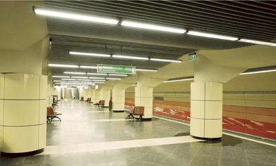 Statiile de metrou JIULUI si PARC BAZILESCU