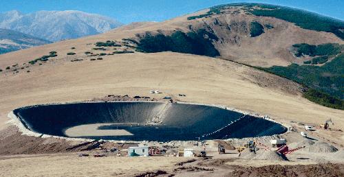 """IRIDEX: Materialele geosintetice la inaltime! Lacul artificial """"Mioarele"""" de pe domeniul schiabil Voineasa"""