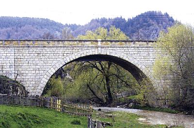 Podurile: bolti si arce (III)