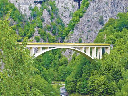 """MAPEI: Reabilitarea viaductului """"Valea lui Stan"""" – REPARARE. CONSOLIDARE. PROTECTIE"""