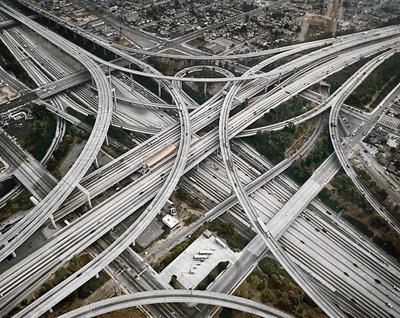 Alta lume, alte mentalitati privind retelele rutiere – America de Nord