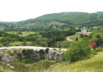 GEOSOND SA: Consolidarea si conservarea podului natural de la Ponoarele, jud. Mehedinti
