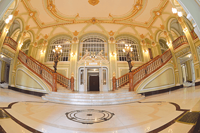 """Teatrul National """"Vasile Alecsandri"""" Iasi (III). Restaurare, conservarea componentelor artistice si amenajari interioare"""
