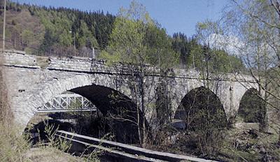 Podurile: bolti si arce (IV)