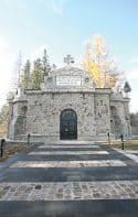 DEDAL BAHAMAT: Istorie si constructii. Mausoleul de la Soveja
